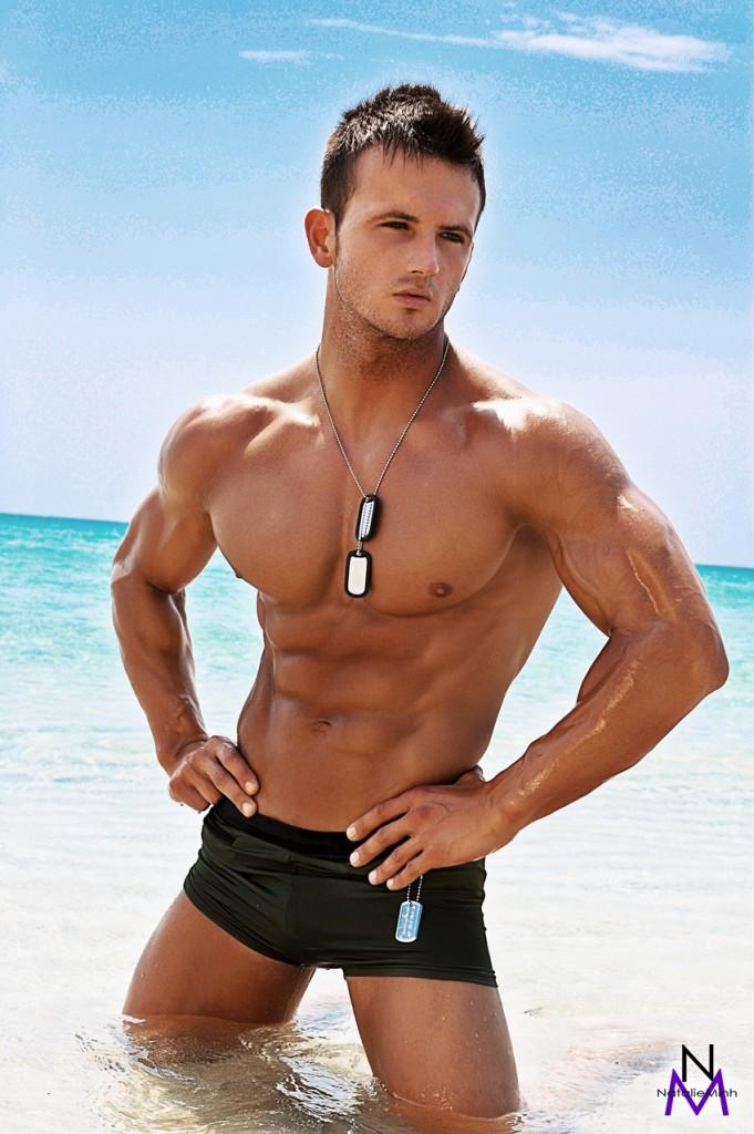 Italian Fitness Model Luca Sossai