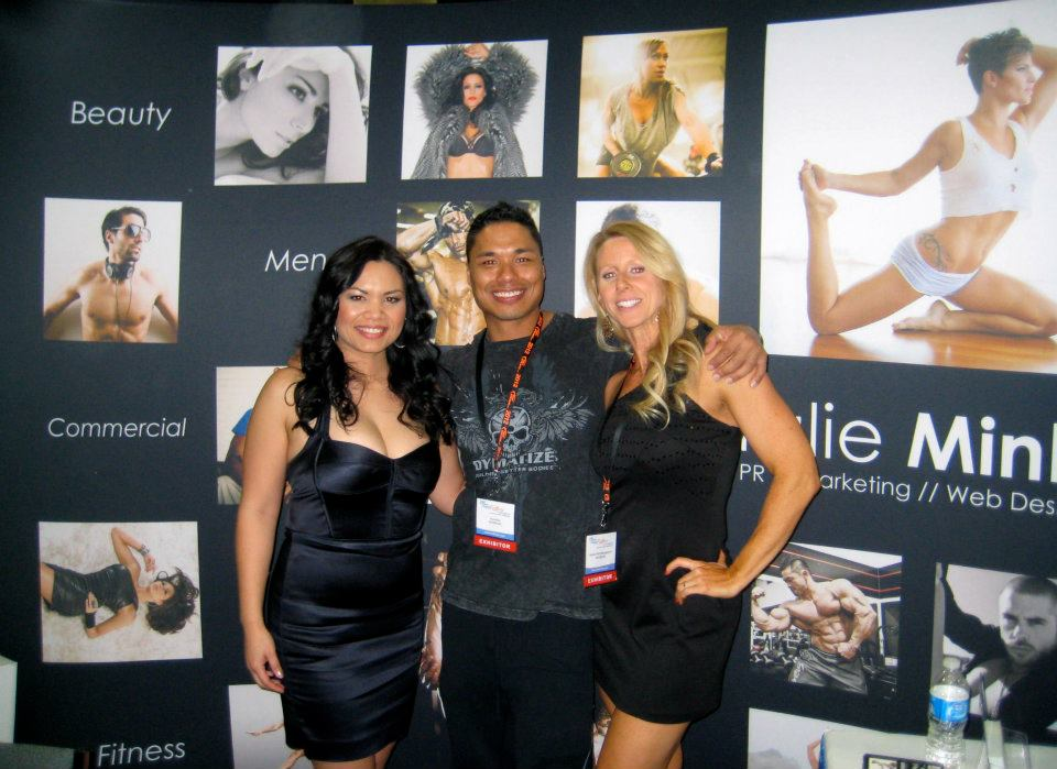 FMI Alumni Ifbb Pro Bobby Ashhurst, Jaime Michelle, Michelle De Leon representing the Natalie Minh Photography Booth