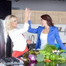 Interview with Fit Mom Diet Team Kim Miller & Shannon Dougherty
